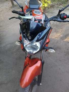 Vendo moto Yamaha fzs impecable