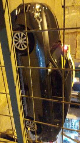 Alquilo auto dentro y fuera de la ciudad