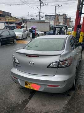 Mazda 3 all new motor 1.6 caja triptonic, 80000 km modelo 2013, en buenas condiciones.