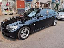 BMW 320I 2009 (LINEA 2010)