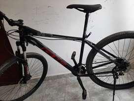 vendo bicicleta marca GW rin 29 suspension hidráulica,  frenos hidraulicos