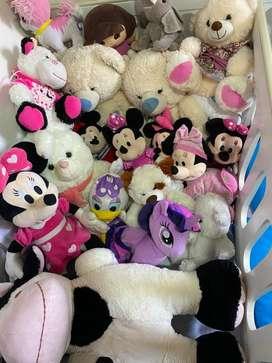peluche de Mickey y mini mouse .osos  y muchas más