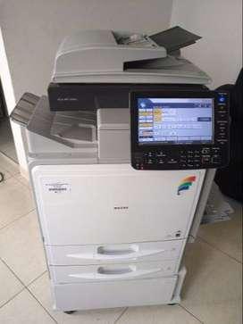 vendo fotocopiadora ricoh sp c300 a color, ulrima tecnologia, ideal para papelerias y oficinas