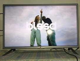 """Vendo televisor lg 32"""" pulgadas smart tv"""