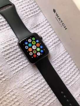 Apple watch series 3 42mm aluminun vendo o cambió