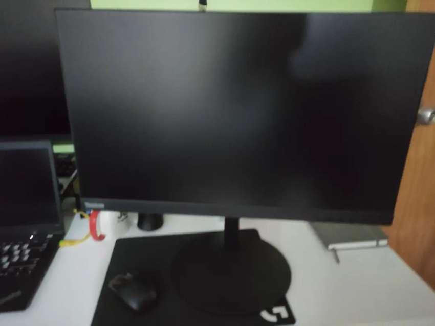 Monitor Lenovo Thinkvision 21.5 pulgadas