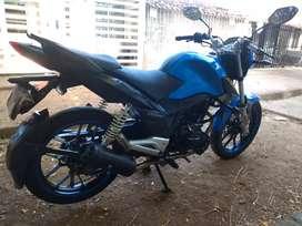 Vendo moto RTX 150 excelente estado