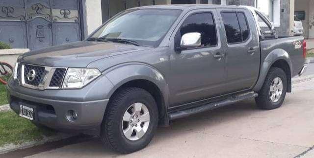 Nissan Frontier LE 4x4  automatico /cuero /vel crucero/ michelin.-