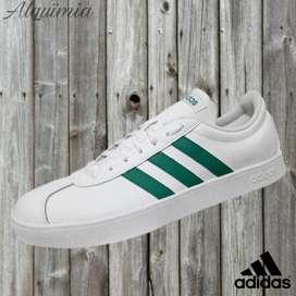 Promo Adidas: Tenis VL Court 2.0.