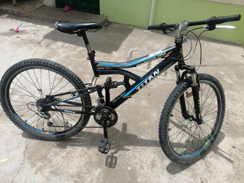 Bicicleta marca Titan
