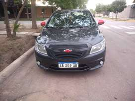 Vendo o permuto Chevrolet joy 2017