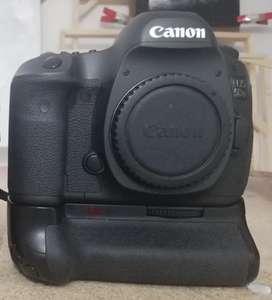 Camara canon Eos 5D usada como nueva
