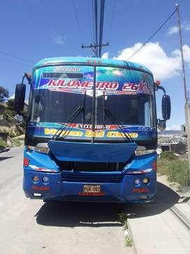 Bus intraprovincial 2006 con puesto
