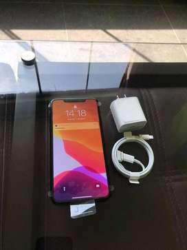 IPHONE 11 PRO MAX 256 GB SEMINUEVO BATERÍA 100%