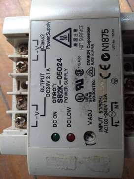 FUENTE OMRON INPUT 110-240 VAC SALIDA 24 VDC 2.1 AMP