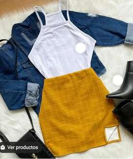 Outfit del día tono amarillo falda más croptop