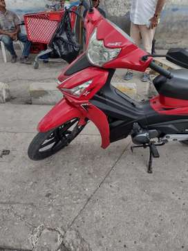 Moto akt especial 110 roja