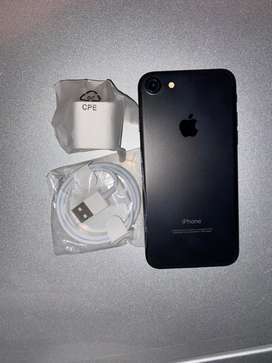 Vendo iphone 7 lib de fabrica