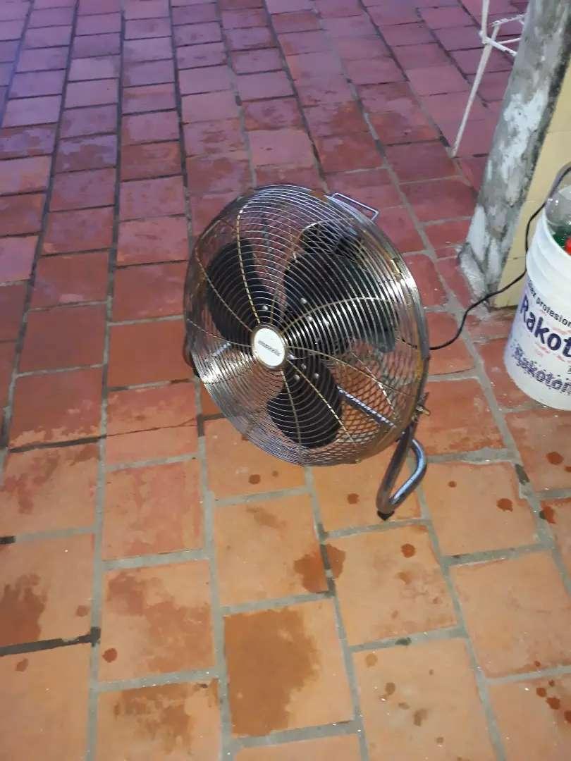 Vendo ventilador excelente estado 0