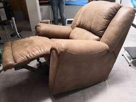 Sofá  Ashley reclinable individual