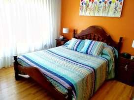 Juego de dormitorio algarrobo - cama 2 plazas + colchón, mesas de luz, cómoda con espejo