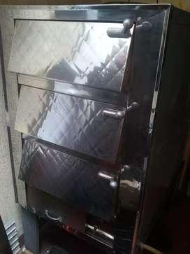 Vendo horno pAnaderia de tres camRas como nuevo en acero inox