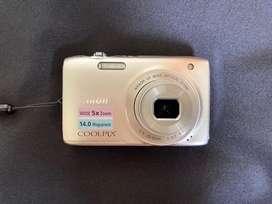 Cámara Nikon COOLPIX S3100