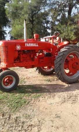 Tractor Farmall M