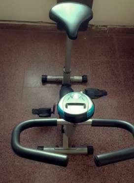 Vendo bici fija poco uso . Muy buen estado
