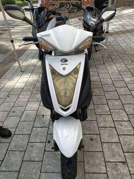 Moto KYMCO FLY 125 BLANCA