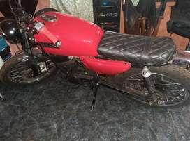 Vendo moto ex 100 Yamaha