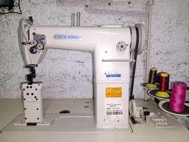 Máquina de costura para marroquinería y calzado.