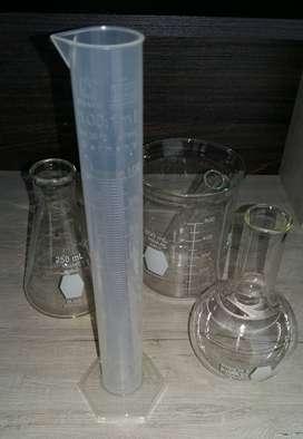 Probetas Plasticas Caja Petri Vidrio Pipeta Tubo de Ensayo Microscopio