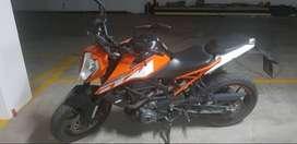 VENTA MOTO KTM 250cc. COMO NUEVA, ÚNICO DUEÑO