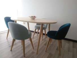 comedor, sillas 4 puestos, en madera pino natural