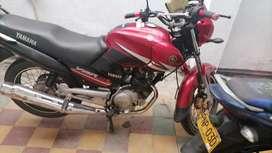 Vendo moto por motivo de biaj80e