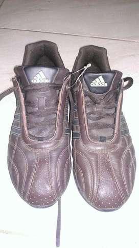 Zapatos Adidas Kundo