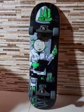 Vendo skate  nueva !!!