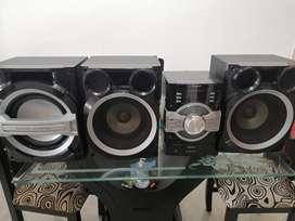 Equipo de sonido panasonic grande 12000 W