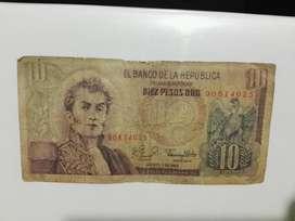 Vendo billete de 10 pesos colombiano para que recuerdes el pasado