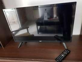 SMART TV PHILIPS 32' + SOPORTE DE PARED