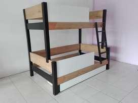camarote, para colchones de 100 y de 140 con gavetas o cama auxiliar.