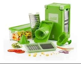 Nicer Dicer magiccube. Nuevo. Color verde. Una herramienta muy util en la cocina.