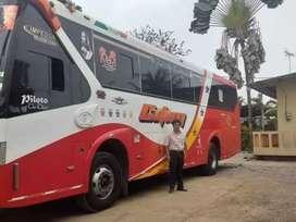 Se vende BUS con derechos y acciones de  la cooperativa CITIM HINO AK2014  solo  Interesados