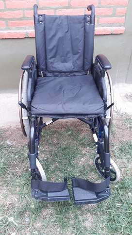 VENDO SILLA DE RUEDA  IMPECABLE!!!