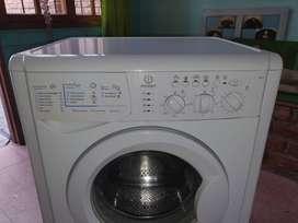 Lavarropa Indesit Wil85 (poco uso)