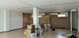 Alquiler de local u oficina amplia en Alborada - calle principal