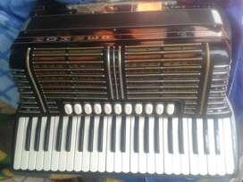 Vendo 4 acordeones $2000 c/u