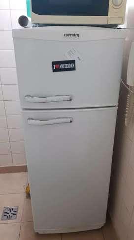 Heladera con freezer coventry recoleta un año y medio de uso