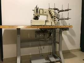 Máquina pretinadora Kansai